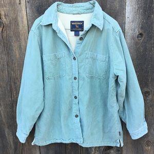 Vintage Woolrich Shirtjacket. Light green corduroy